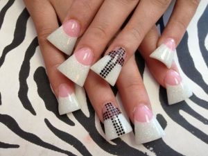 a2ff79e499963c8c8079ced08b451c5f--flare-nails-duck-nails